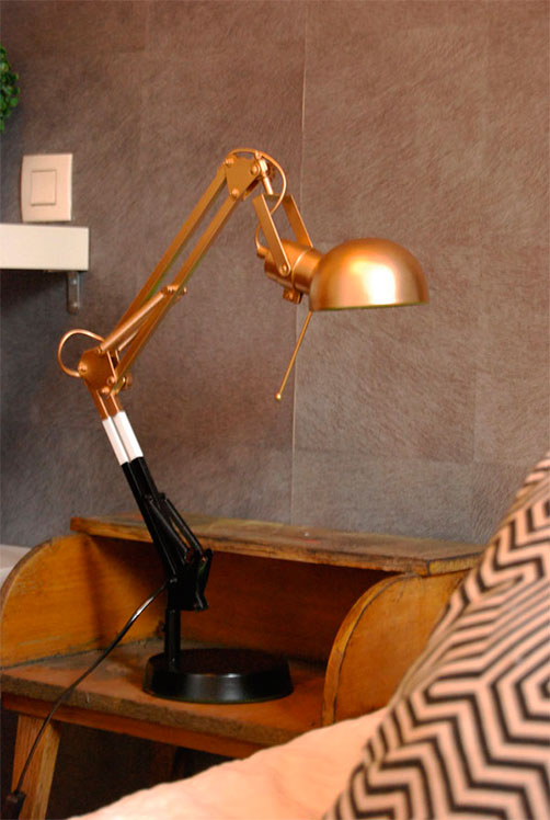 repeindre une lampe en m tal peintures julien. Black Bedroom Furniture Sets. Home Design Ideas